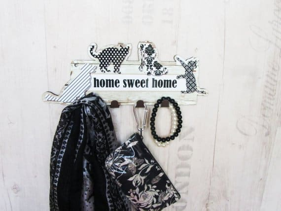 Black and White Dogs and Cats Key Rack