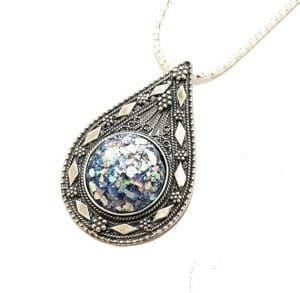 925 Sterling Silver Yemenite Filigree Work Tear Drop Pendant with Roman Glass
