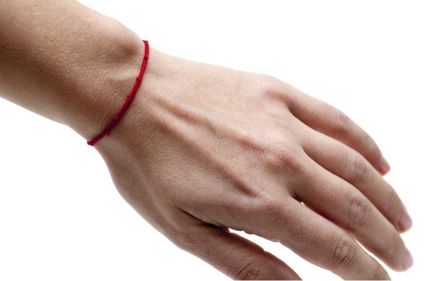 Red String Bracelets – The Meaning of Wearing a Red String Bracelet