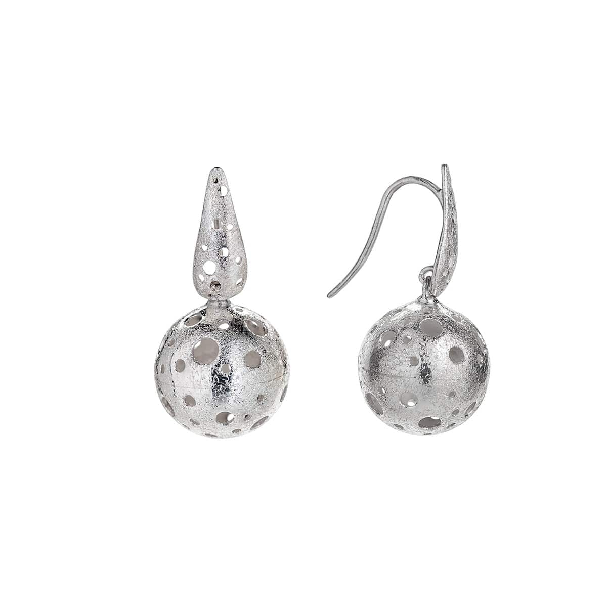 Silver Ball earrings filled with Pearls