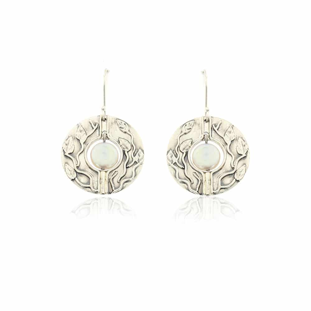 Silver sterling earrings with Pearl