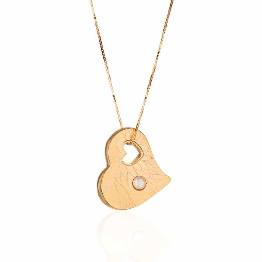 Collar de Plata Chapado en Oro en Forma de Corazón con Perla Blanca Natural