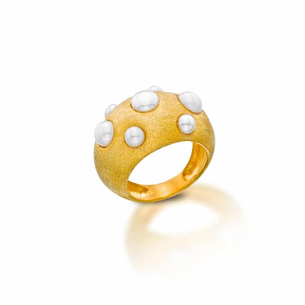 Anillo Chapado en Oro con Perlas Naturales