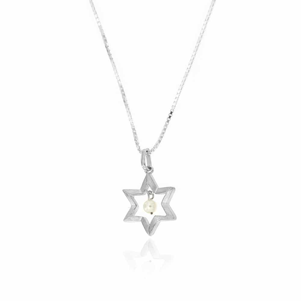 Star Of David & Pearl Necklace
