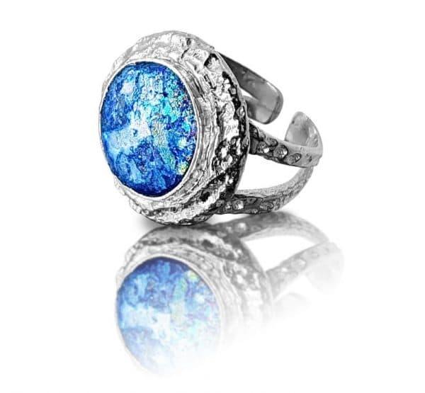 ancient roman glass jewelry