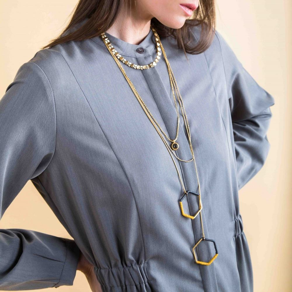 Collar / Pulsera Dorado Envuelto de Corazones - Negro